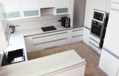 KUCHYŇ 3062 užitná plocha 10 m2