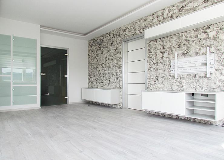 OBÝVACÍ POKOJ & PRACOVNA 3064/1 užitná plocha 80 m2